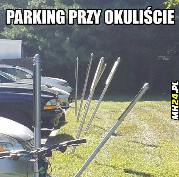 Parking-przy-okuliście.jpg